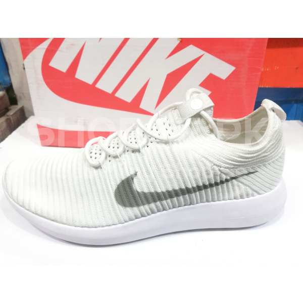 22e7a59898c Buy High Quality White Roshe One Shoes in Pakistan for Men