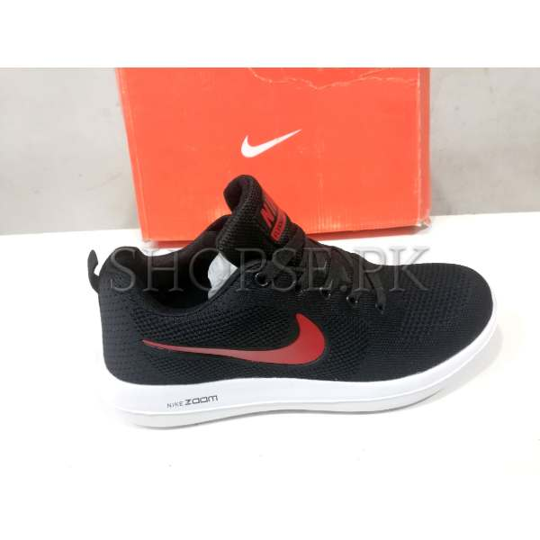 disponibilità nel Regno Unito fascino dei costi bella vista Nike Zoom Black Red Shoes