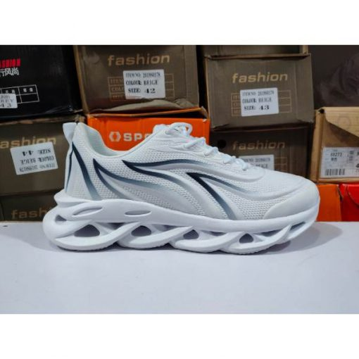 Blade sole 2020 New Lightweight Men Sneakers Breathable Running Shoes for Men grey White Trainers Sport Shoes Cushioning Gym Shoes low price in pakistan (3) ch513